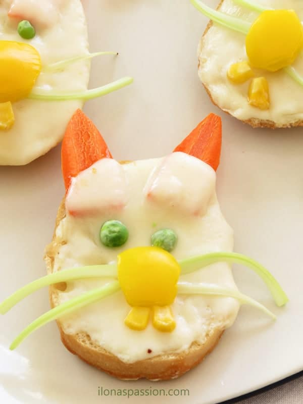 Easter Bunny Sandwiches by ilonaspassion.com