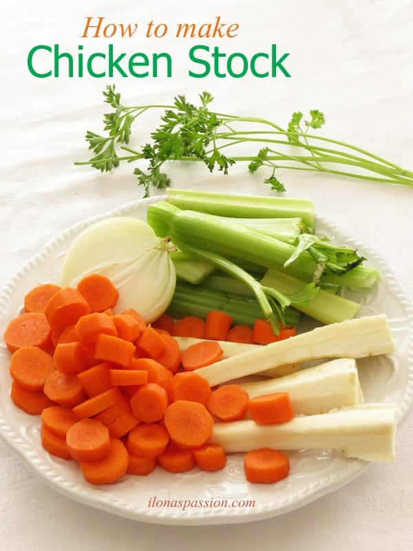 How to make Chicken Stock - simple and easy tutorial recipe on how to make chicken stock with carrots, parsley, onion and celery sticks. Perfect as a base for any soup! by ilonaspassion.com I @ilonaspassion