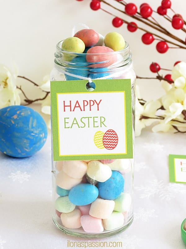"Free Printable Easter Tags - Free colorful printable party tag for Easter ""Happy Easter"" and a great gift ideas for holiday by ilonaspassion.com I @ilonaspassion"