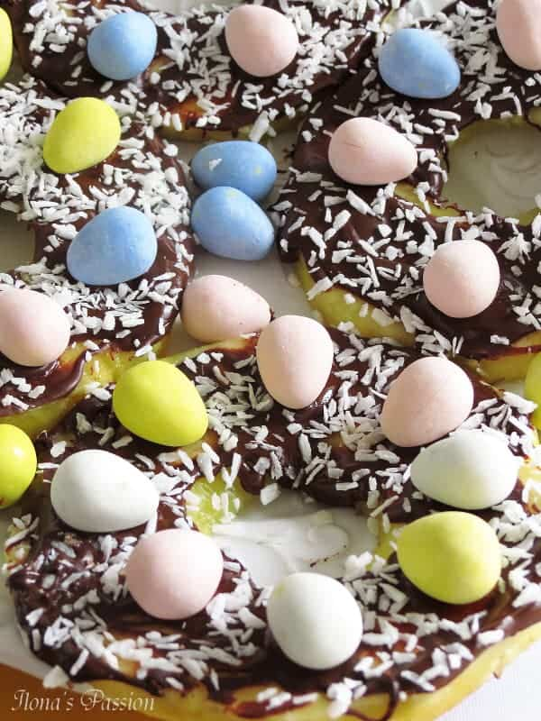 Chocolate Pineapple EAster Coconut Nests by ilonaspassion.com #easter #nests #chocolate #pineapple