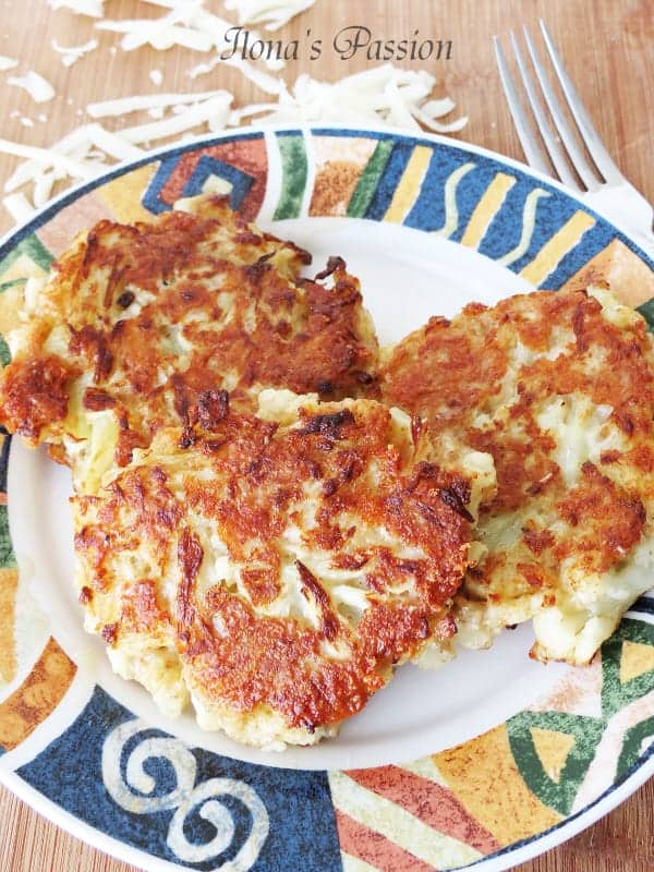 Parmesan Cauliflower Fritters by ilonaspassion.com