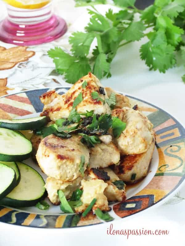 Easy and Healthy Honey Mustard Chicken Recipe by ilonaspassion.com