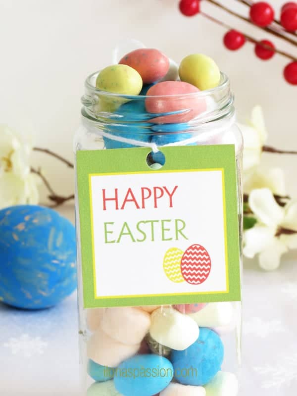 Free Printable Easter Tags + Gift Idea for Easter by ilonaspassion.com #easter #free #printables