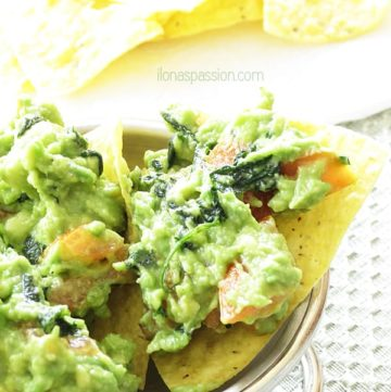 Mild Avocado Dip made with only 3 ingredients by ilonaspassion.com
