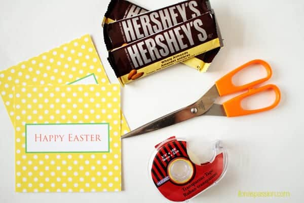 "Free Printable Easter Chocolate Bar Wrapper - get your Free Printable Easter chocolate bar wrapper in yellow color and polka dot design ""Happy Easter"". Perfect gift idea for Easter. Download today! by ilonaspassion.com I @ilonaspassion"