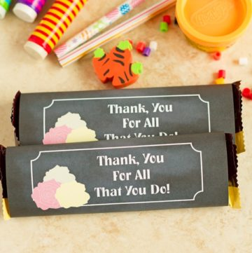 Printable candy bar wrapper in chalkboard and roses design.